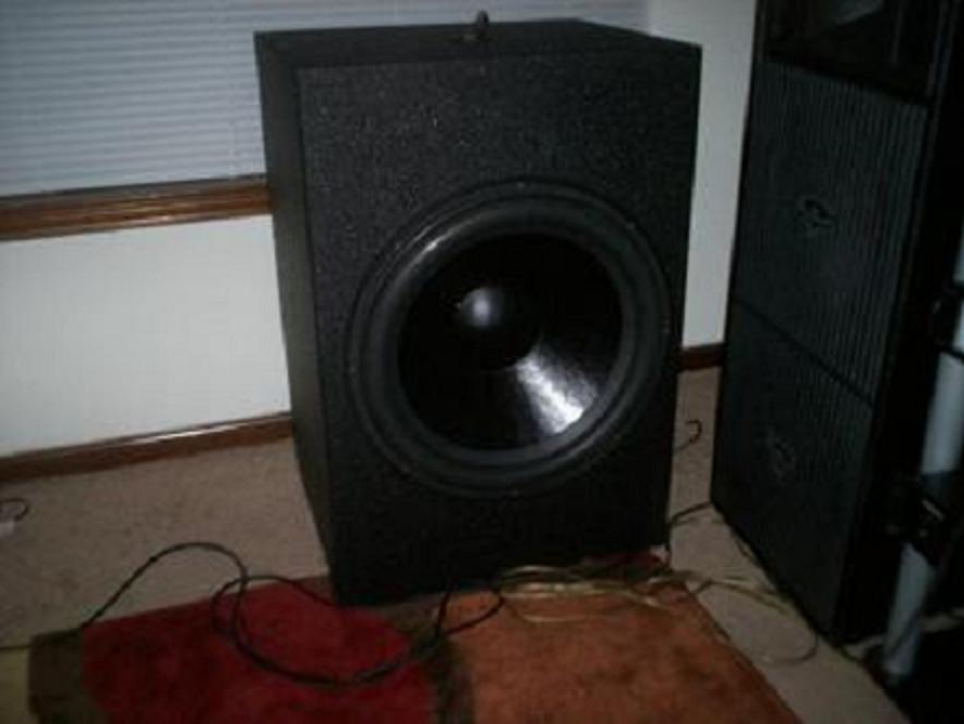 4 mach audio 18 IXLs or 2 FTW 21's-001.jpg