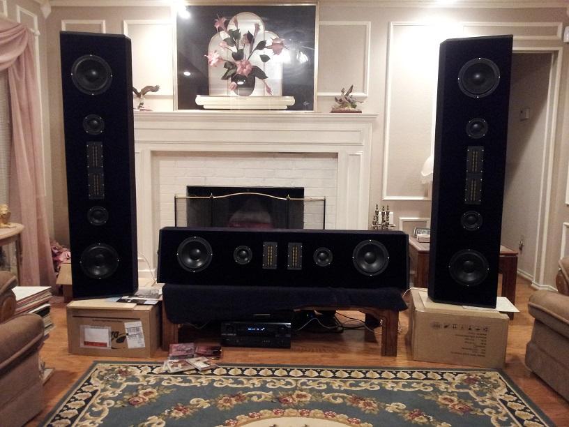 DIY speakers in HT-004resize.jpg