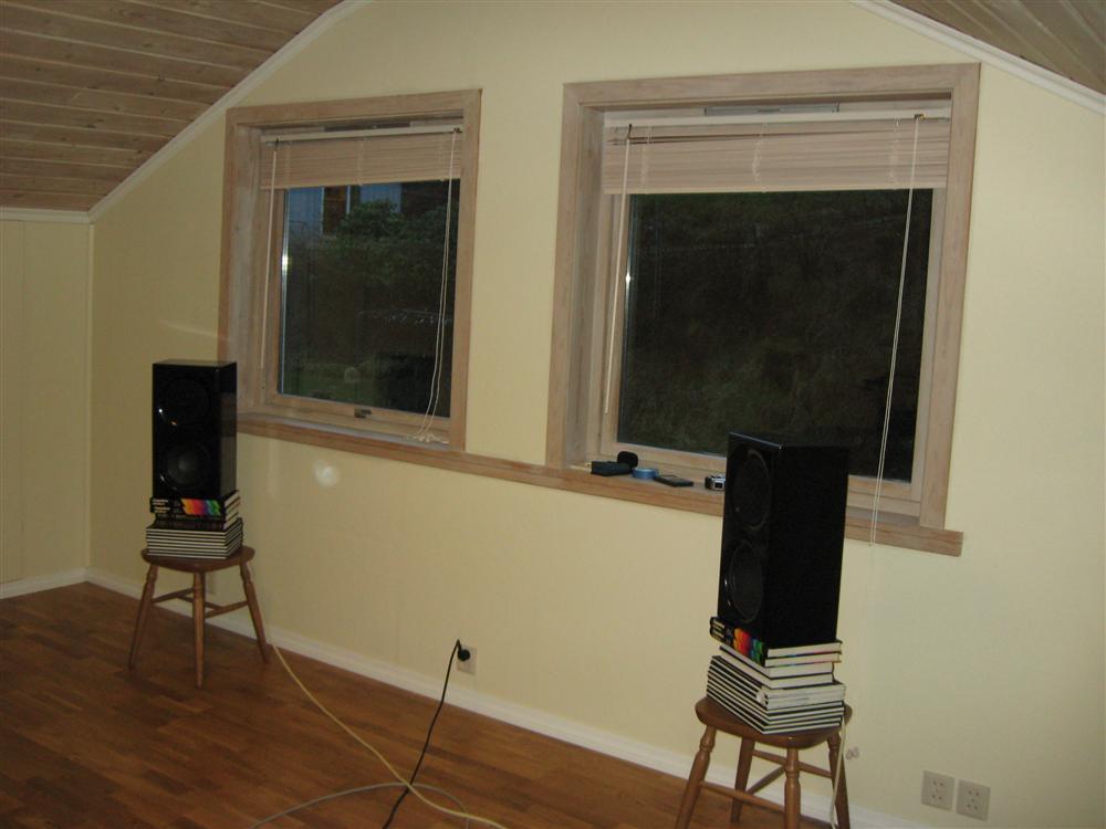 Setting up a surround setup-009-position-3-speakers-custom-.jpg
