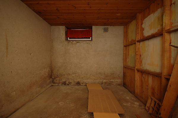 "Project ""C8"" - building Norways smallest(?) home cinema-01_etterrydding_06.jpg"