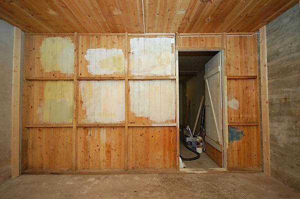 "Project ""C8"" - building Norways smallest(?) home cinema-02_spikerslag_03.jpg"