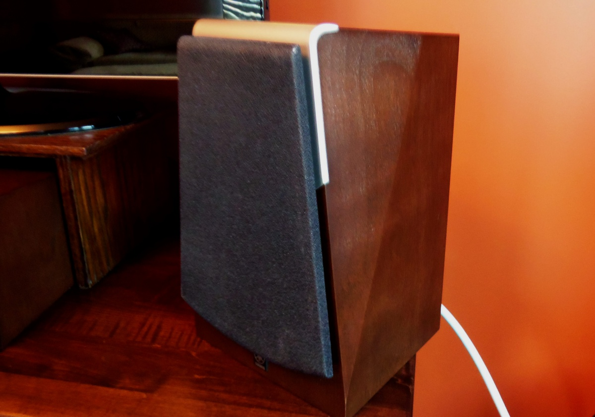 Yamaha soavo speakers 900c center & 2 - 900m bookshelf  0/set-100_1367.jpg