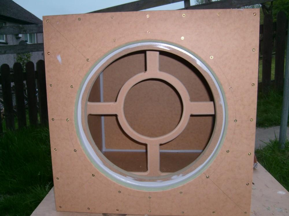 2 AV15-X, 115L sealed subs-1st-box.jpg