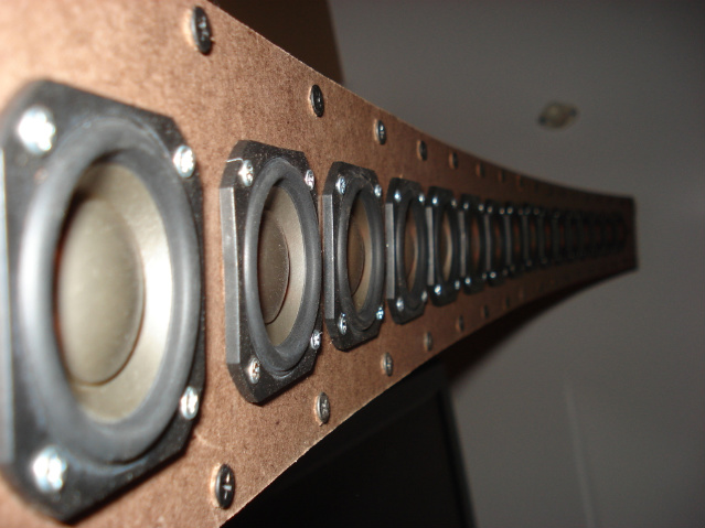 First speakers - a little ambitious - curved array-2009089.jpg