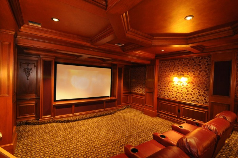 We just finished this theater-200k-front-1024x768-800x600-.jpg