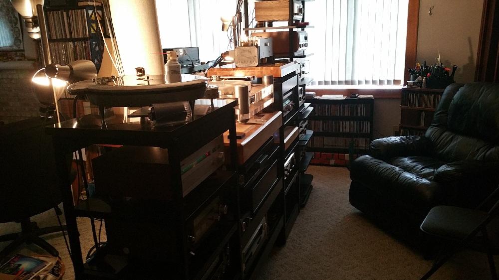 My uncles dedicated stereo room-20150615_175030.jpg