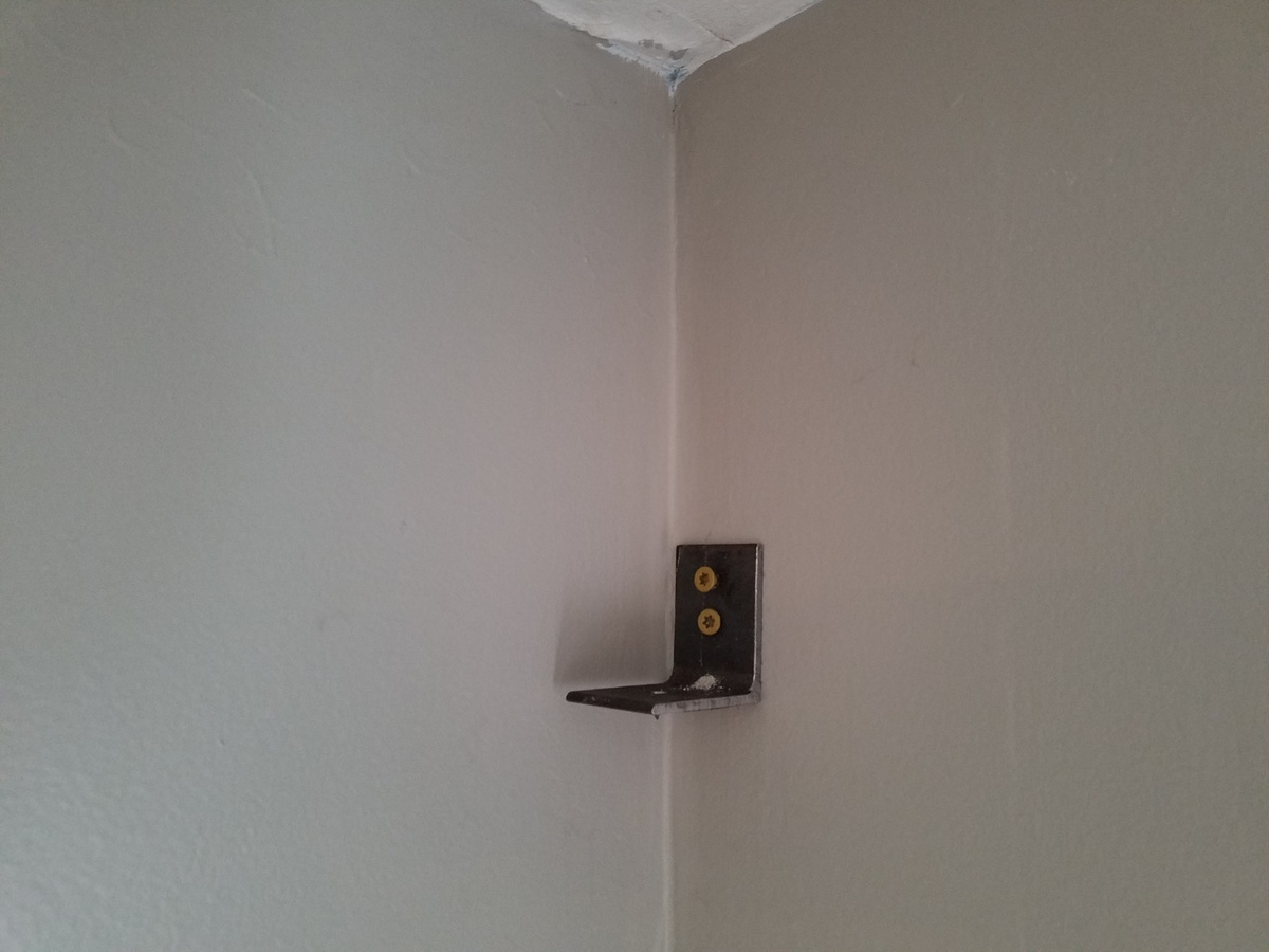 DIY wall mounts-20160512_184742.jpg
