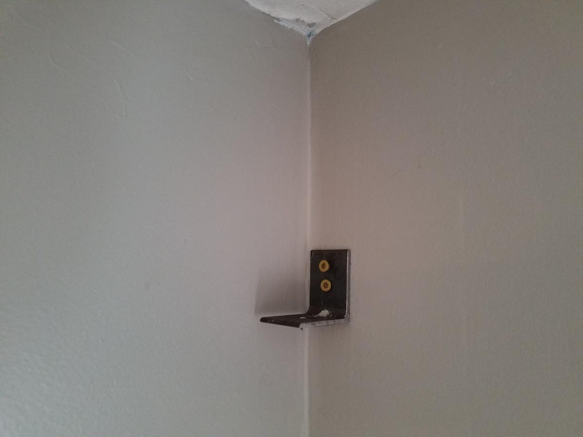 DIY wall mounts-20160512_184742.jpg