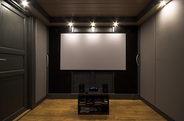"Project ""C8"" - building Norways smallest(?) home cinema-28_frontwall_01.jpg"