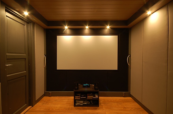 "Project ""C8"" - building Norways smallest(?) home cinema-28_frontwall_02.jpg"