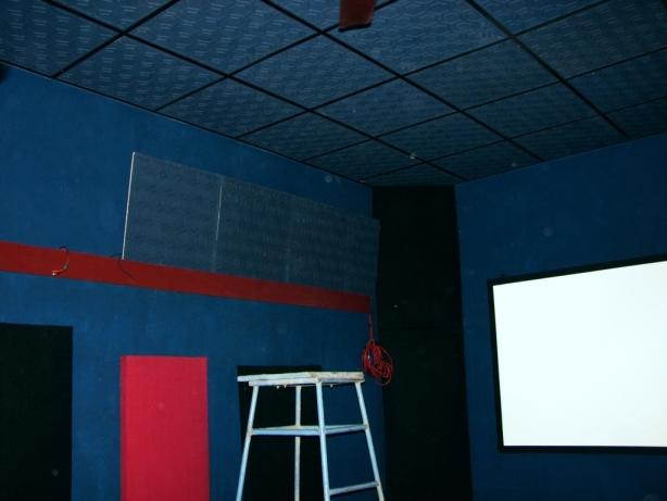 My Dedicated New Home Theater-3.jpg