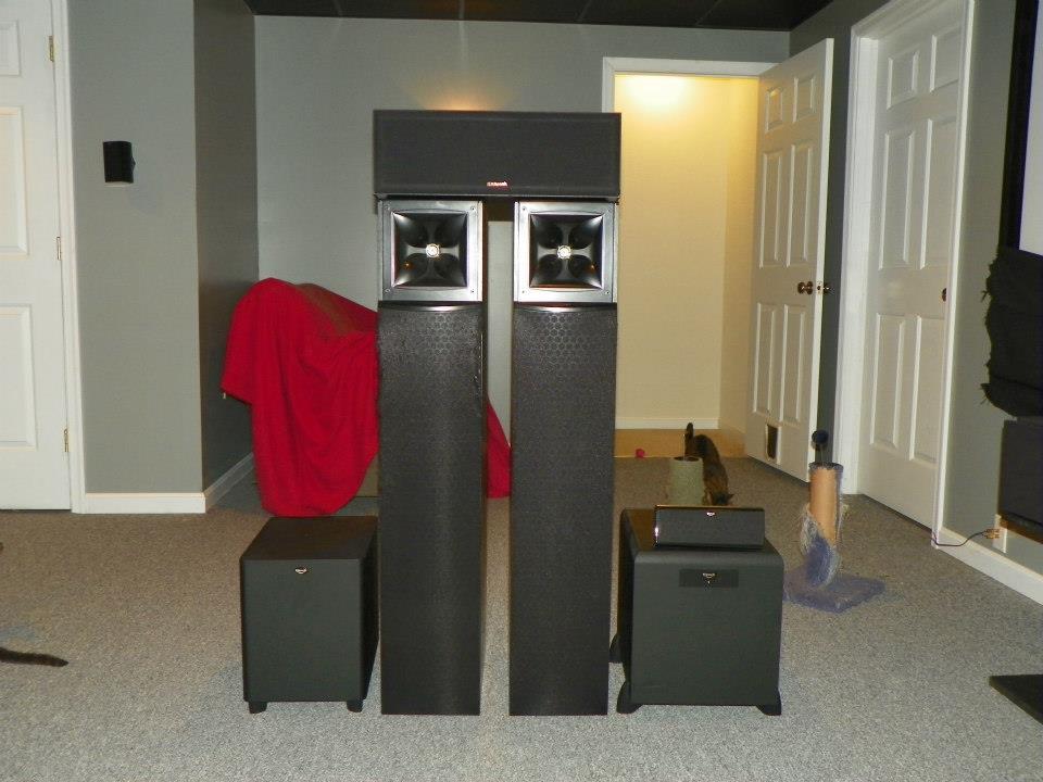 Klipsch speakers and subs-387022_349478741803411_871093157_n.jpg
