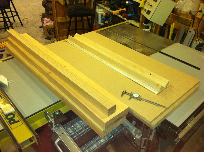 New Build Journal - CSS 12 Trio, Ported, 5 Ft^3, Corner Wedge-3_legs_mdf_panels.jpg