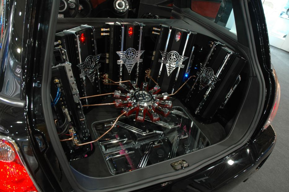 Anyone have luck with Mini Cooper audio upgrades?-411_zoom10.jpg