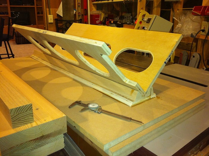 New Build Journal - CSS 12 Trio, Ported, 5 Ft^3, Corner Wedge-4_legs_mdf_panels_brace.jpg