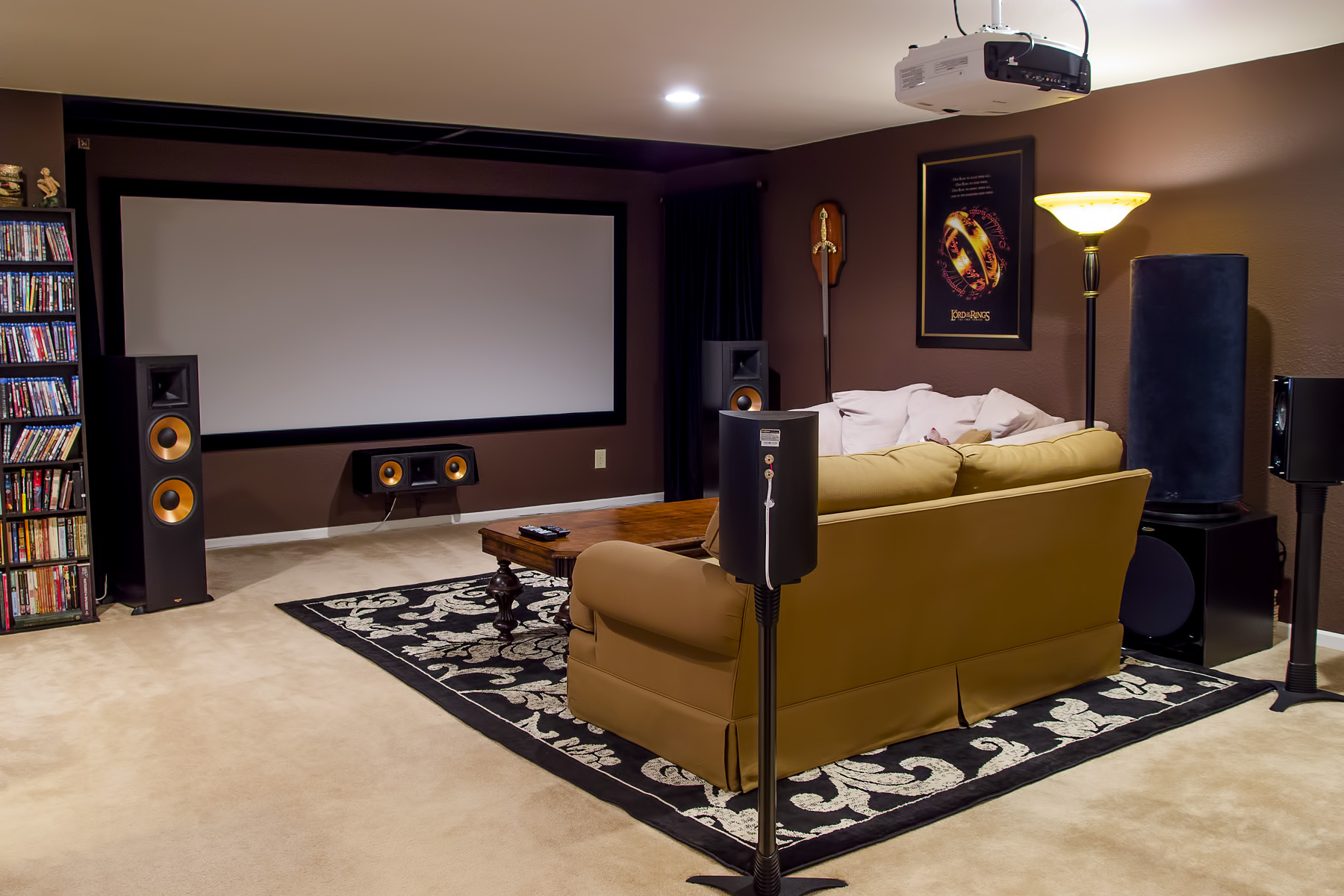 The Epic Home Theater Photo Critique Thread-5b380174_2014_home_theater_2x3.jpg