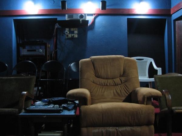 My Dedicated New Home Theater-6.jpg