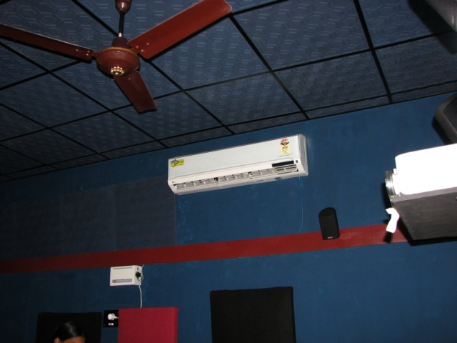 My Dedicated New Home Theater-8.jpg
