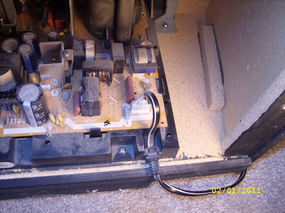 Steve's PT-53WX53G Project-9-connector-1-pic-1.jpg