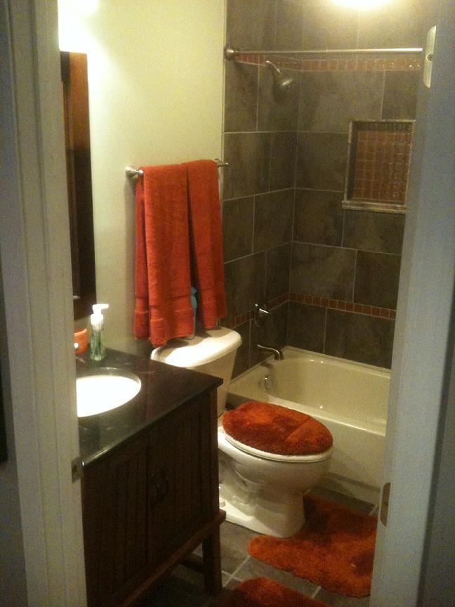 My home theater photos-bathroom.jpg