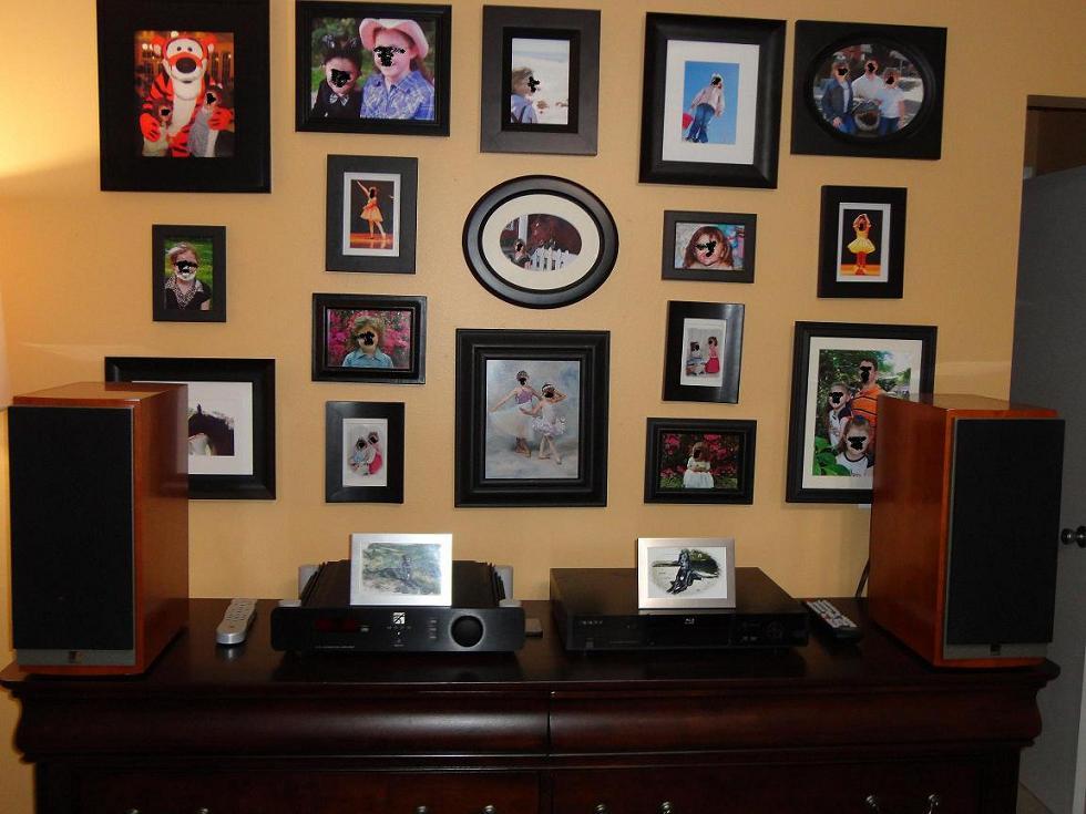 2 Channel Picture Gallery-bedroom-speakers.jpg
