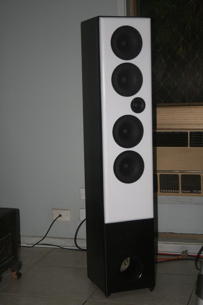 New build using SB acoustics drivers-black-speaker.jpg