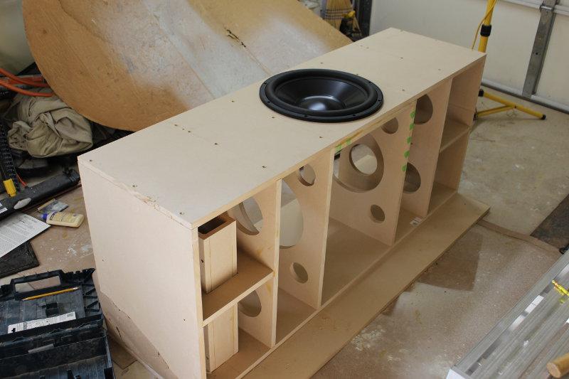 "First build - 15"" Dayton HF-box_2.jpg"