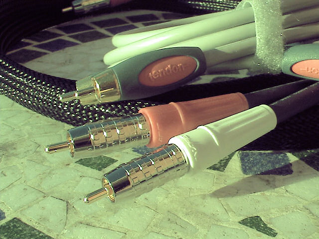 Product Review Part II - Tendon Stereo RCA Audio Cable-cable-010.jpg