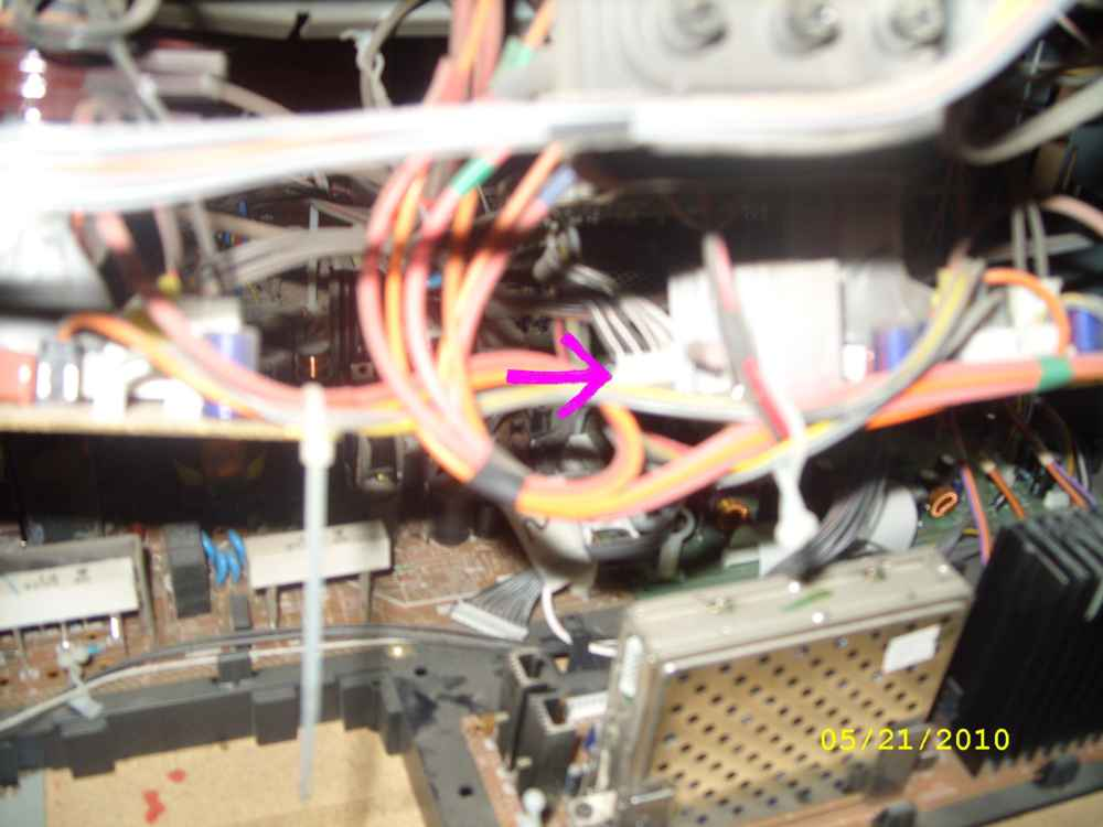 Steve's AV56WP74 Convergence Repair - with Pics-cable-3-crt-connector-small.jpg