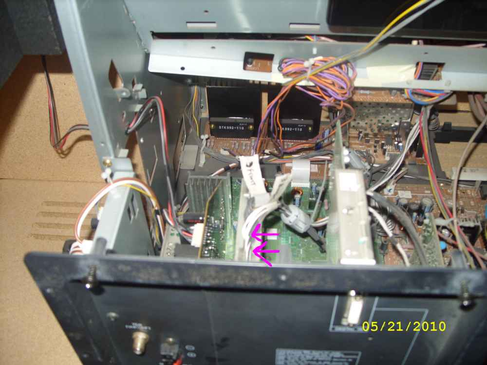 Steve's AV56WP74 Convergence Repair - with Pics-cable-3-silver-board-connectors-small.jpg
