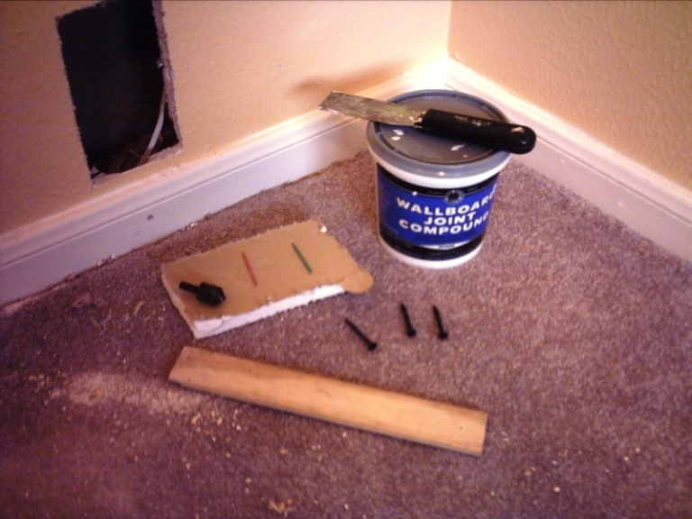 How to: In-Wall Wiring for Your Home Theater-crossbracing-odds-ends.jpg
