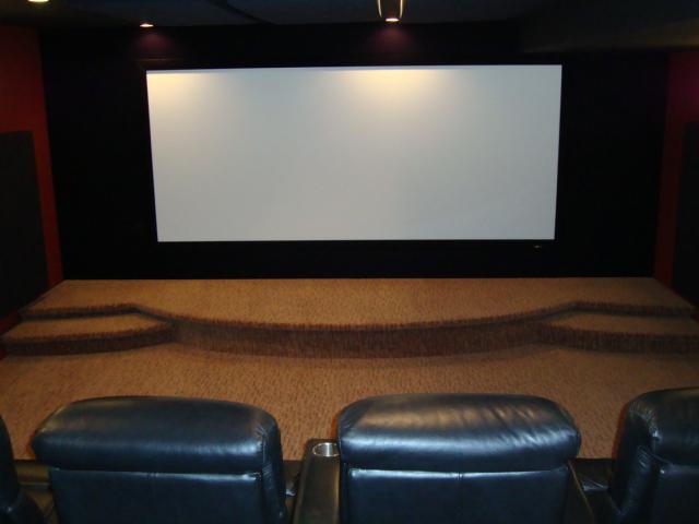 Flat Broke Home Theatre-dsc01005.jpg