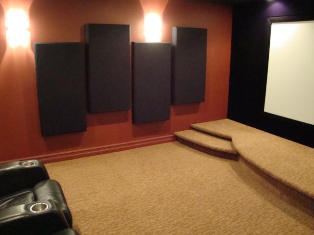 Flat Broke Home Theatre-dsc01021.jpg