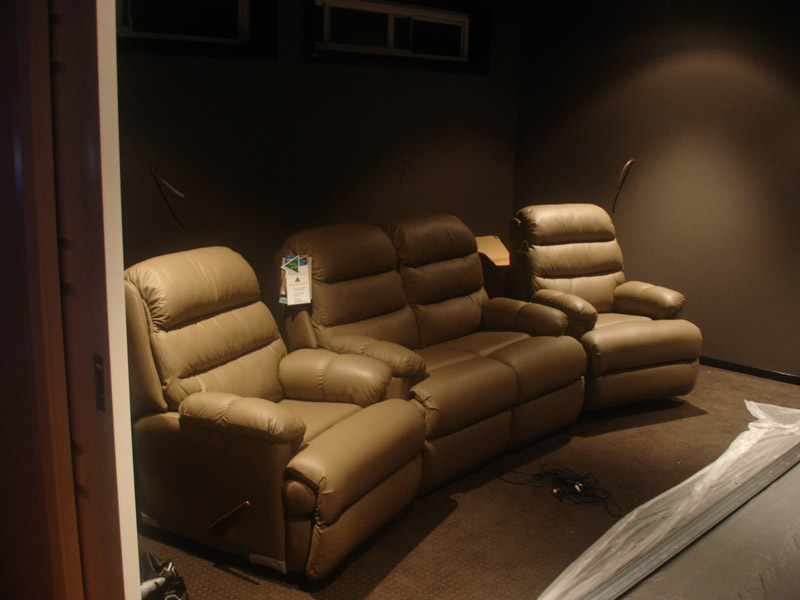 Semi-Modest Home Theater from Australia-dsc09037.jpg