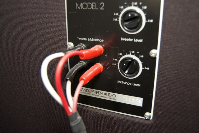 Vandersteen Model 2Ce Speakers Exc. Cond. 9 Chicago suburbs.-dsc_1881.jpg