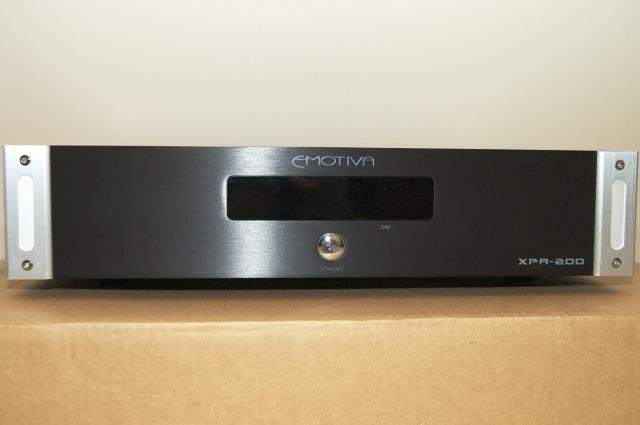 Emotiva XPA-200 Power Amplifier. Excl. cond. Warranty until Jan 2019.-dsc_2602.jpg