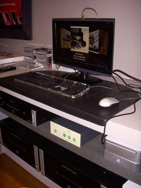 Lets see so photos of your open baffle speakers you've built-dscn1137.jpg