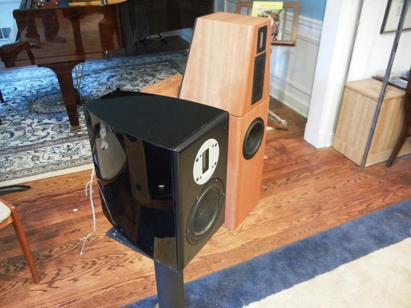 Philharmonic Audio - Dennis Murphy's new speaker company-er18monitor-001.jpg