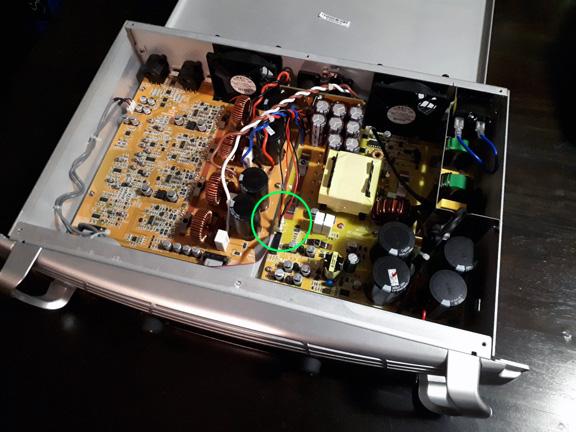 Owen's Dual UXL-18 Sealed Build-fan-mod-02.jpg