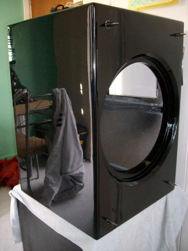 """90 litre single 15"""" driver project.-finished-750-x-1000-.jpg"""