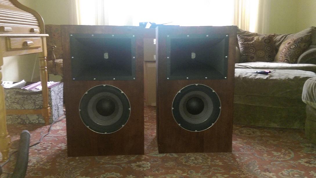 JBL 2262H Box Design-finished.jpg