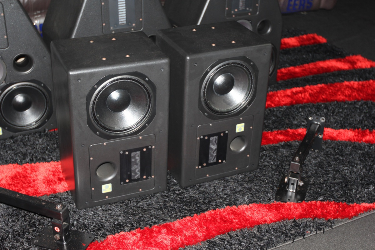 Quested Cinema Speakers LT10 Sold as a Pair Low price for Quick Sale.-img_0004.jpg