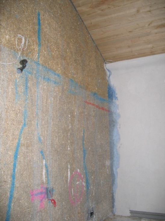 Tiny Home Designs: StrawBale Construction For Music & Theatre Rooms