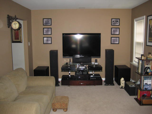 My Home Theater in a Horrid Room..-img_0597.jpg