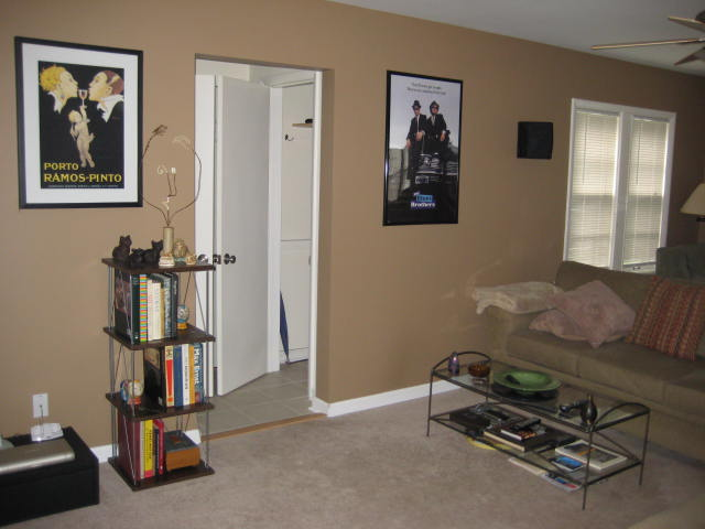 My Home Theater in a Horrid Room..-img_0598.jpg