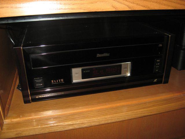 Laser Disc REVIVAL-img_0993.jpg