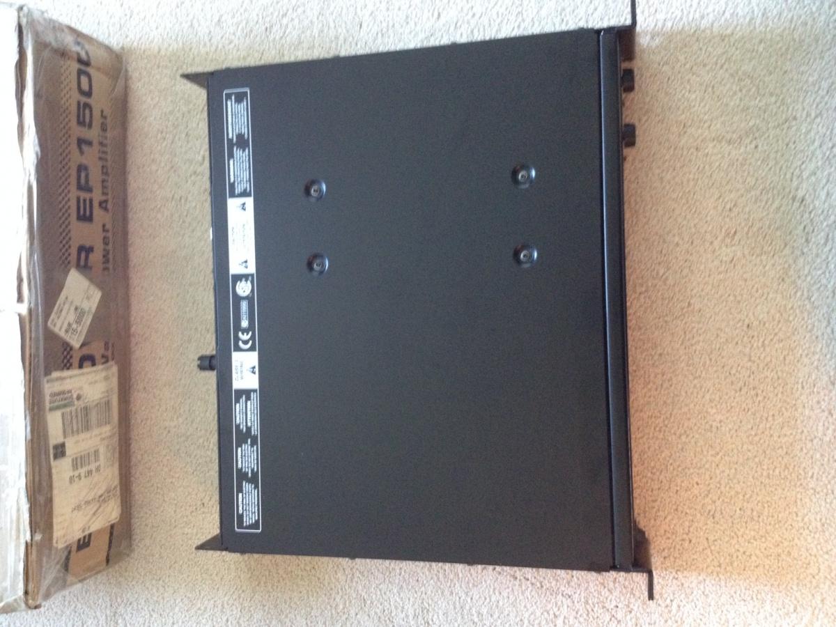 Behringer EP1500 Amp-img_1091.jpg