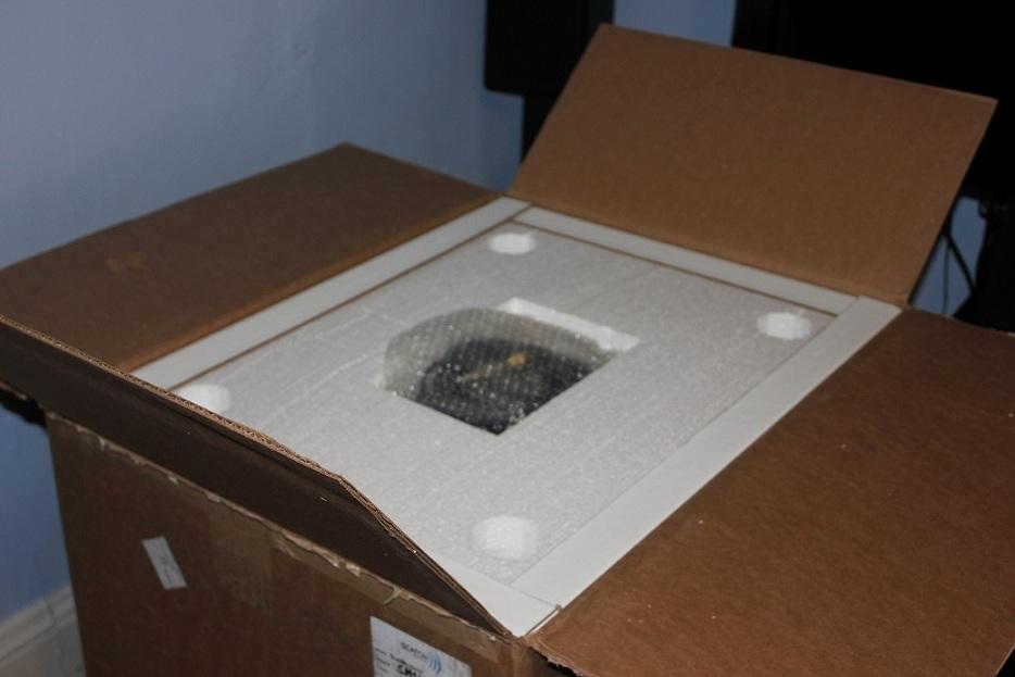 Unpacking day pictures of HP SubMersive (Black Oak veneer)-img_1910.jpg