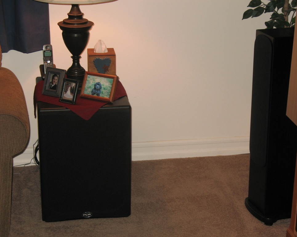 ideas on a stealth sub.....end table or maybe a under the sofa build-img_2513.jpg