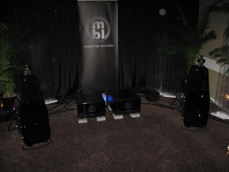 Audio Expo North America (AXPONA) 2015 Show Report-img_3160.jpg